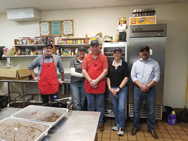Volunteers for Grace Centers Kitchen